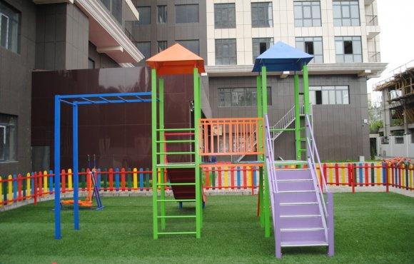 Детская игровая площадка Бай-Таш Исанова